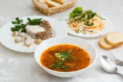 Особенности обеда при правильном питании для похудения: во сколько и что есть?